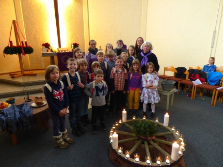 Die Jungscharkinder am 1. Advent 2014